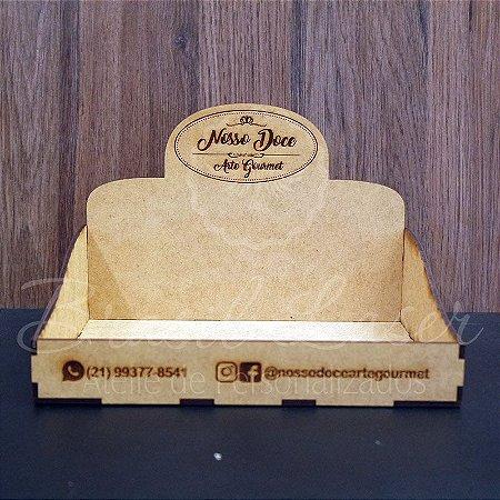 50 Expositores de Brownie / Alfajor / Palha Italiana / Cake / Pão de Mel com 22x22cm em Mdf com logomarca gravada