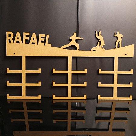 Porta Medalhas Karatê Personalizado Tamanho 45cmx23,7cm Aprox. 36 Medalhas
