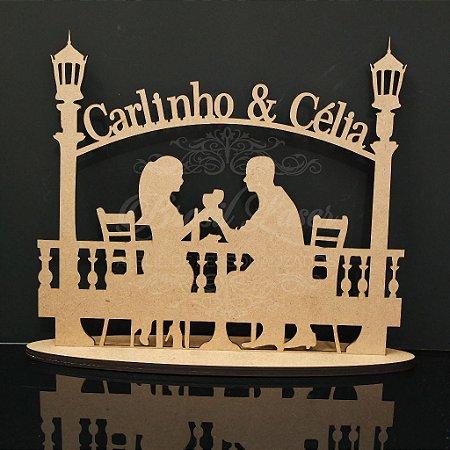 Topo De Bolo Casal Tomando Vinho - com 14cm (maior lado da peça) - Cor à Escolher