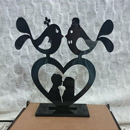 Topo De Bolo Casal no coração com Passarinhos - com 14cm (maior lado da peça) - Cor à Escolher