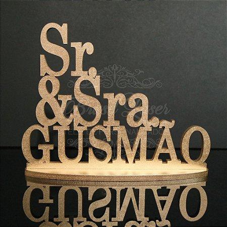 Topo De Bolo Sr e Sra. - Tamanho 20cm (maior lado da peça) - Cor à Escolher
