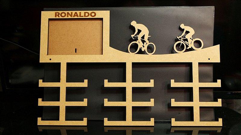Porta Medalhas Ciclismo Personalizado Com Foto Tamanho 45cmx25cm Aprox.36 Medalhas