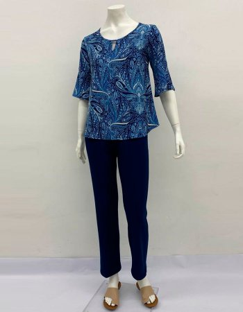 Blusa malha collete evasê com manga sino estampa Cashmere