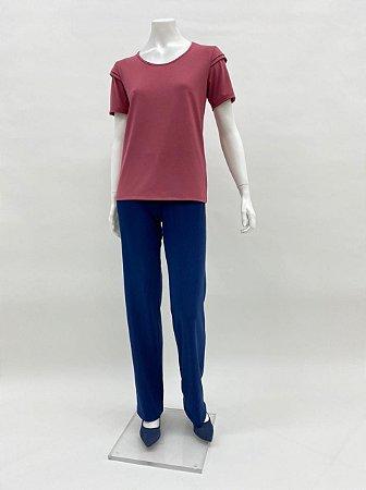 Blusa P.V. básica com pregas no ombro