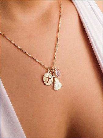 Colar veneziana com pingentes Nossa Senhora Aparecida, medalha de cruz vazada e quadrado zircônia rosa