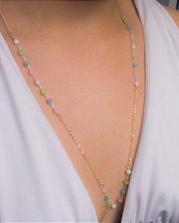 Colar com cristais de swarovski coloridos
