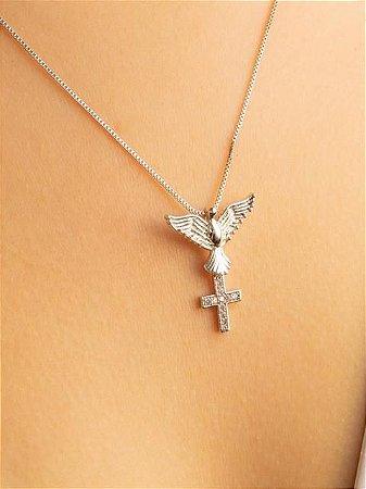 Colar com Divino Espirito Santo e cruz de zircônias cravejadas
