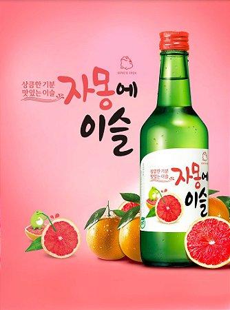 Soju Jinro Chamisul Sabor Grapefruit com Copo para Shot - 360ml