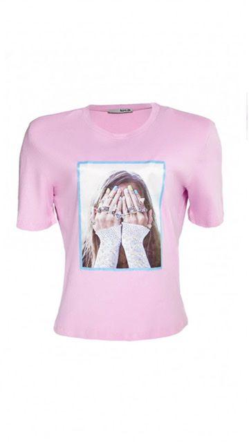 T-Shirt Com Ombreira