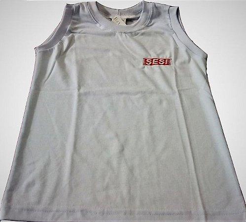 Camiseta regata branca com SESI bordada