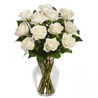 Jarra de vidro de rosas Brancas