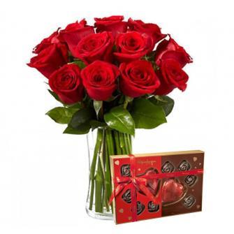 Jarra de rosas vermelhas + cx chocolate