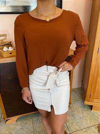 Blusa + saia couro ecológico