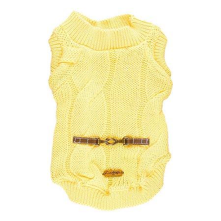 Casaquinho de tricô trançado amarelo