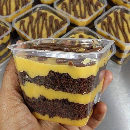 Caseirinho com Ganache de maracujá e Nutella (6 potes)