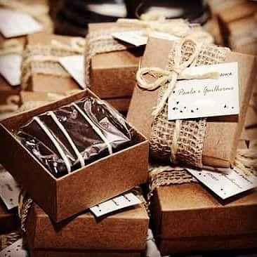 Pão De Mel C/ Chocolate Belga em caixinha de mdf crua (30 Unidades) - Personalizado