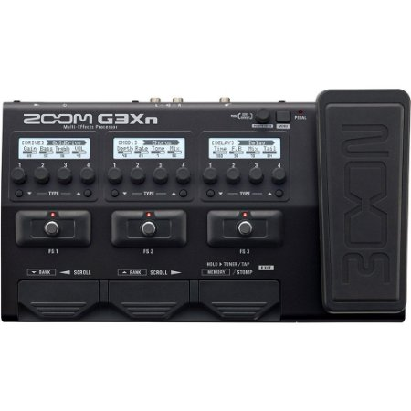 Pedaleira Zoom G3Xn para Guitarra com pedal de expressão
