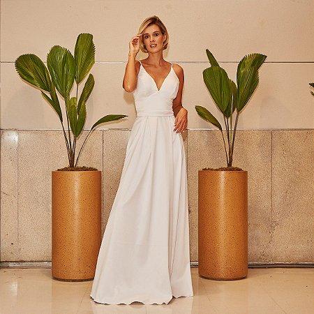 Vestido longo branco em camadas