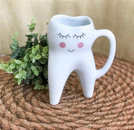 Caneca Formato 3D Dente Molar Carinha