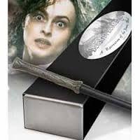 Varinha Bellatrix Lestrange réplica por Noble Collection caixa simples (modelo reto)
