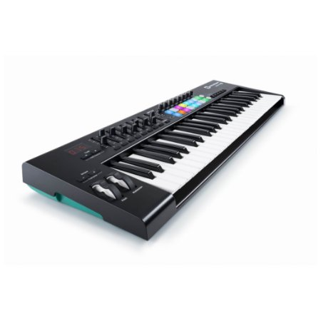 Controlador Novation Launchkey 49 MK2 Usb