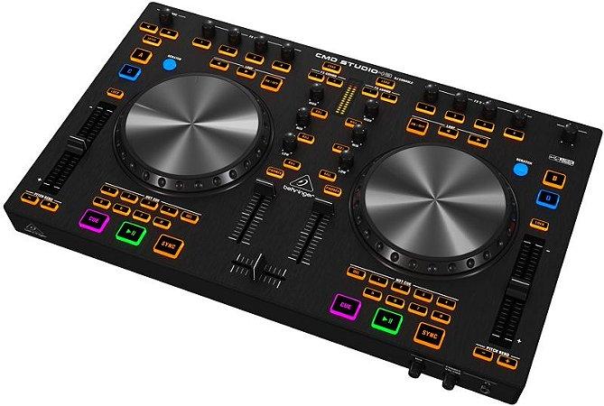 Controlador Behringer DJ CMD STUDIO 4A