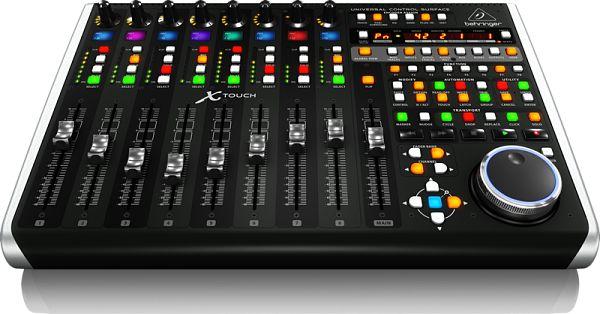 Controlador MIDI/USB Behringer X-TOUCH