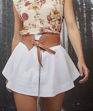 Shorts Saia Tricoline Branco Com Cinto