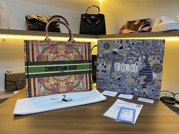 "Bolsa Tote Dior Book  ""in Lights "" (PRONTA ENTREGA)"