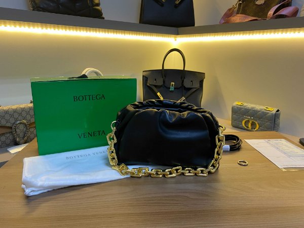 """Bolsa Bottega Veneta Chain Pouch """"Black"""" (PRONTA ENTREGA)"""