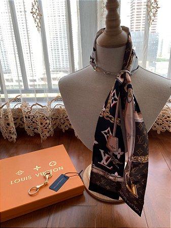 """Lenço Louis Vuitton Monogram """"Brown&White"""""""