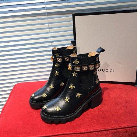 """Bota Gucci Couro com Cinto """"Black"""""""