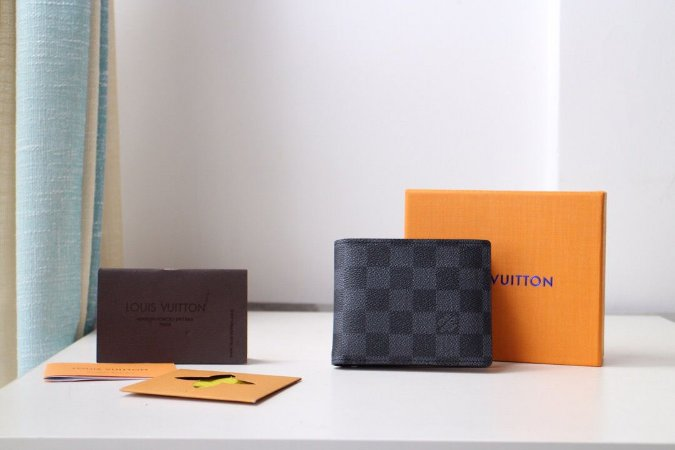 """Carteira Louis Vuitton Multiple """"Black"""""""