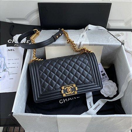 "Bolsa Chanel Boy Calf Leather ""Black & Gold"""