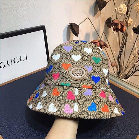 "Bucket Gucci ""GG Supreme/heart"""