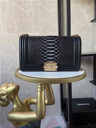 """Bolsa Chanel Boy Scales Leather """"Black"""""""