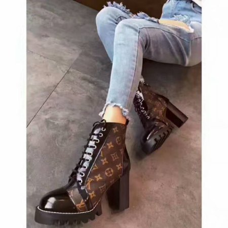 "Bota Louis Vuitton Ankle Star Trail ""Monogram"""