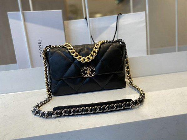 "Bolsa Chanel 19 Goat Leather ""Ruthenium"""