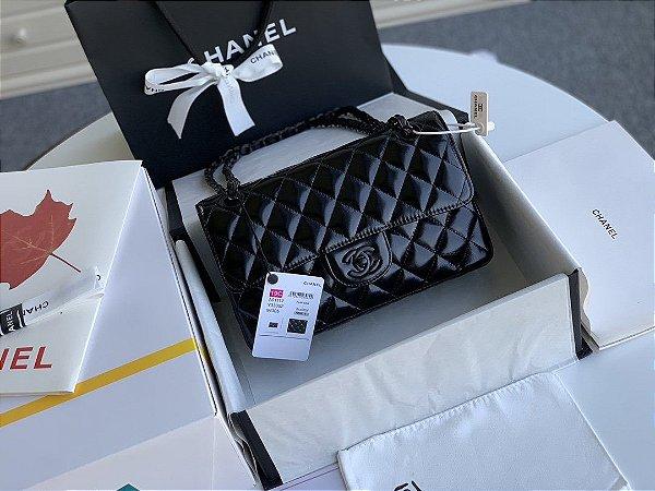 """Bolsa Chanel Double Flap Lambskin """"All Black"""""""