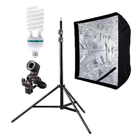 Kit de Iluminação V440 - 1 Tripé 2,5 m + 1 Suporte de Sombrinha E-27 + 1 Softbox 60x60cm + 1 Lâmpada 150W