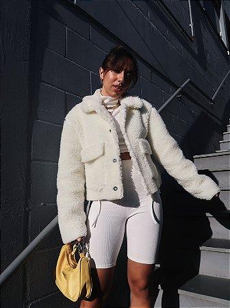 Jaqueta peludinha off white
