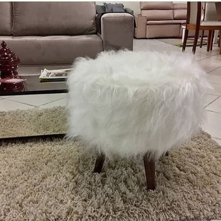 Puff Decorativo branco pelúcia
