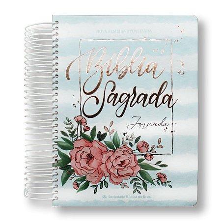 BÍBLIA NA083JR JORNADA AQUARELA AZUL LETRA MAIOR - MARGEM PARA ANOTAÇÕES, DESENHOS - CAPA DURA ESPIRAL