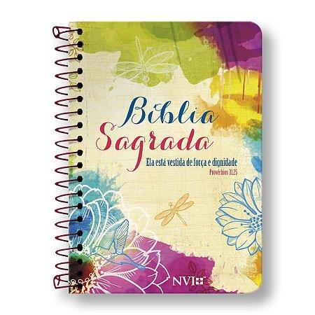 BÍBLIA NVI ANOTE LETRA NORMAL ESPIRAL CAPA ELA ESTÁ VESTIDA DE FORÇA E DIGNIDADE