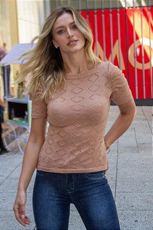 Blusa tricô com manga curta