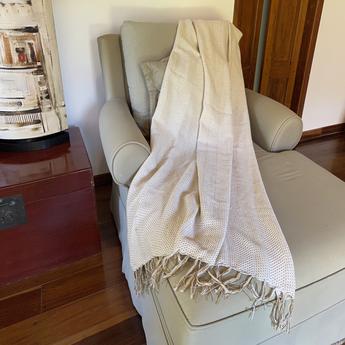 Manta para sofá em Algodão Crú Nina