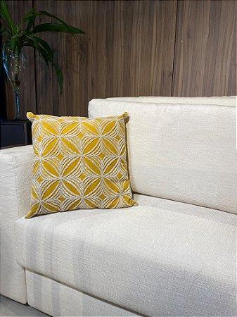 Almofada Amarela Decorativa