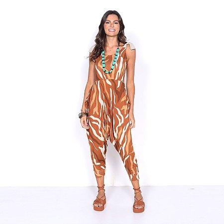 "REF:. 7009  Macacão saruel  ""animal print"""