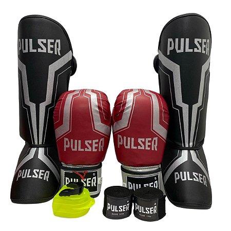 Kit Thai Luva de Boxe / Muay Thai 12oz PU + Caneleira 20mm + Bandagem + Bucal - Vermelho com Prata Iron - Pulser