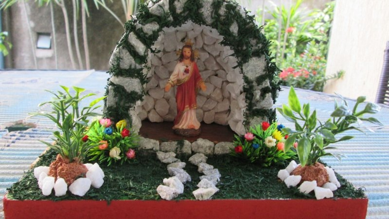 Gruta Sagrado Cora??o de Jesus de 9cm e um lindo jardim ...